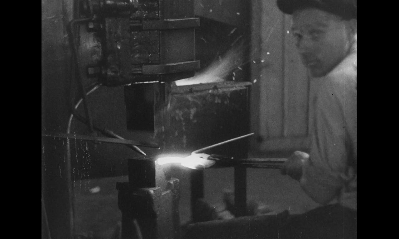 Pe repede-nainte. Documentare industriale (1928–1935)