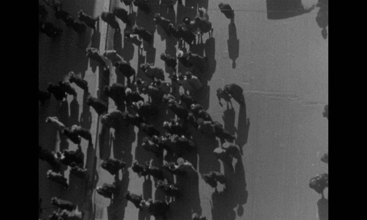 Orele Bucureștiului. Documentar urban (1942)